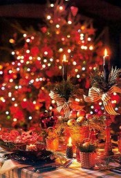 Luxury Christmas Table Decoration For Celebrating Christmas This Year 35