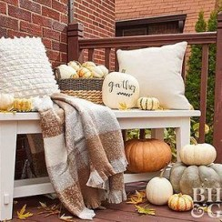 Perfect Pumpkin Ideas To Decorate Your Porch 08