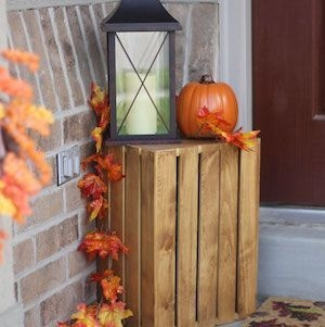 Perfect Pumpkin Ideas To Decorate Your Porch 27