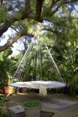 Relaxing Suspended Outdoor Beds That Will Transform Your Year 08