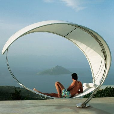 Relaxing Suspended Outdoor Beds That Will Transform Your Year 16