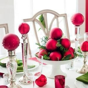 Tips To Make DIY Christmas Table Decorations 17