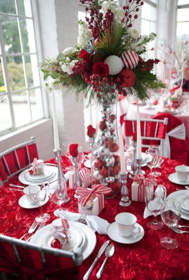 Tips To Make DIY Christmas Table Decorations 41