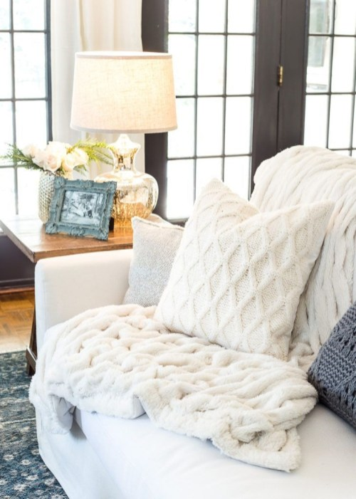 Ways To Make Your House Cozy For The Holiday 43