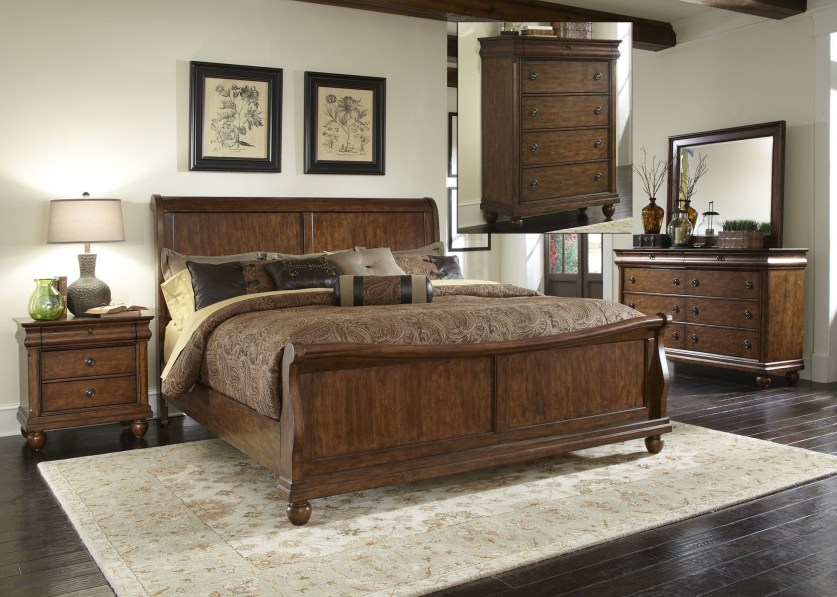 Ways To Upgrade Your House With Rustic Furniture Ideas 34