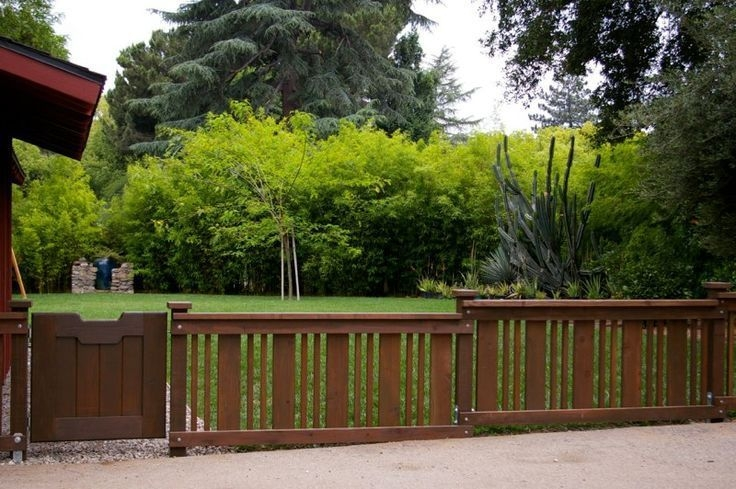 Amazing House Fence You Can Build In Your Garden 16