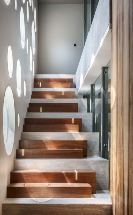 Best And Elegant Wooden Stairs In Your House 26