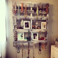 Creative And Easy Pallet Project DIY Idea Everyone Can Do 21