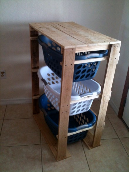 Creative And Easy Pallet Project DIY Idea Everyone Can Do 36