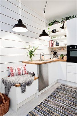 Inspiring Scandinavian Furniture For Your Kitchen Decoration 08