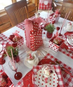 Romantic Table Decoration For Valentine's 21