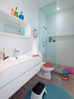 Stunning Colorful Bathroom Decoration For Your Kids 22
