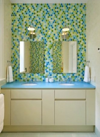 Stunning Colorful Bathroom Decoration For Your Kids 37