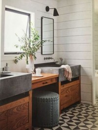 Vintage Farmhouse Bathroom Decor You Will Try 11