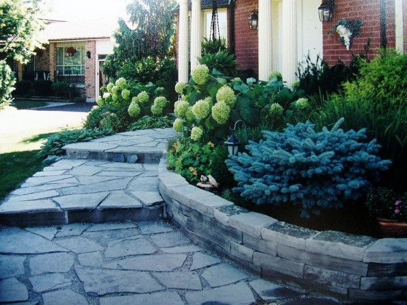 Best Walkways Idea In Your Front Yard 05