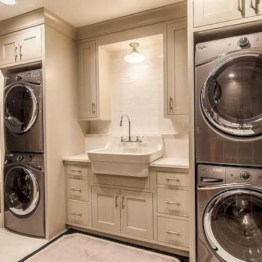 Contemporary Laundry Room Decor Ideas You Can Try For Your House 17