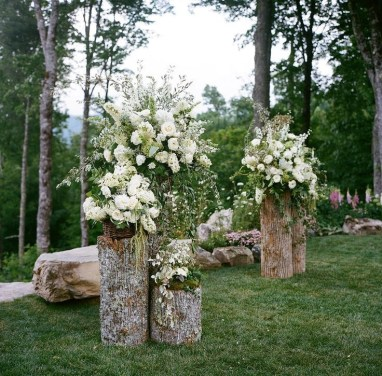 Create Beautiful Outdoor Wedding Decoration You Will Love 35