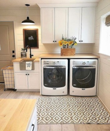 Creative And Inspiring Laundry Room Decor Idea 06