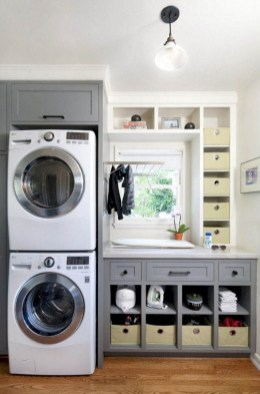 Creative And Inspiring Laundry Room Decor Idea 16