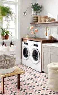 Creative And Inspiring Laundry Room Decor Idea 23