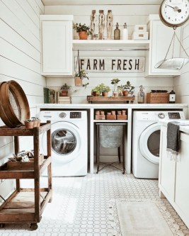 Creative And Inspiring Laundry Room Decor Idea 32