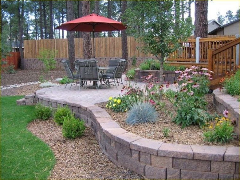 Incredible Small Backyard Ideas For Relax Space 17