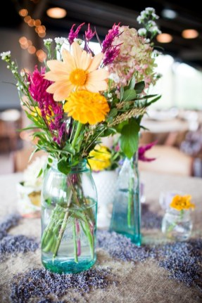 Simple Centerpieces Decoration For Inspiration Your Wedding 06