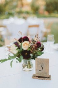 Simple Centerpieces Decoration For Inspiration Your Wedding 20