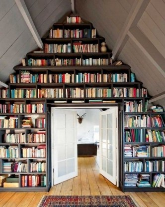 Amazing DIY Bookshelves You Can Do 08