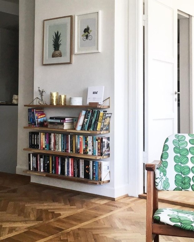 Amazing DIY Bookshelves You Can Do 26