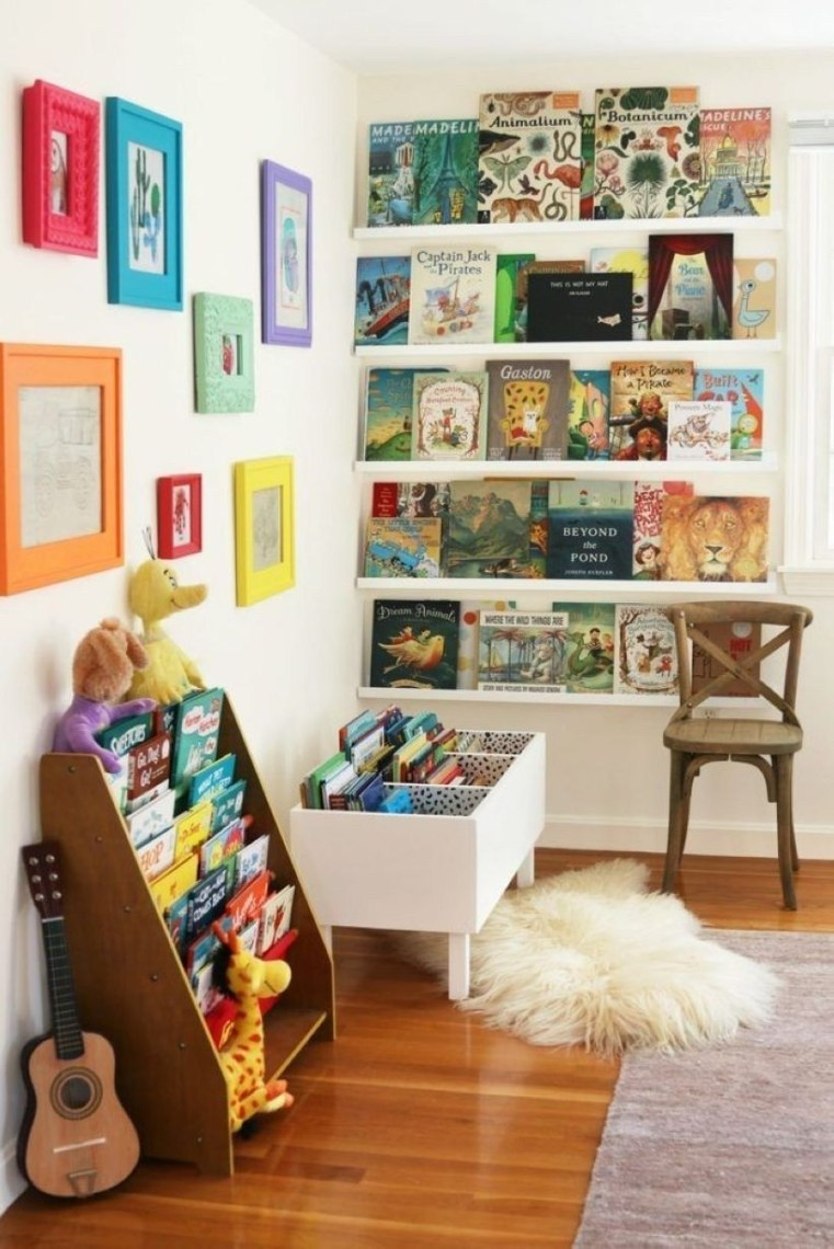 Amazing DIY Bookshelves You Can Do 33