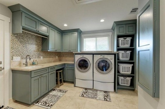 Amazing Small Laundry Room Design You Can Do 13