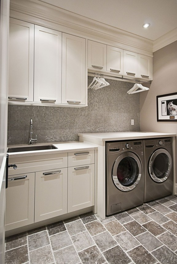 Amazing Small Laundry Room Design You Can Do 26