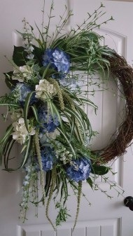 DIY Simple Spring Wreath For Your Door 18