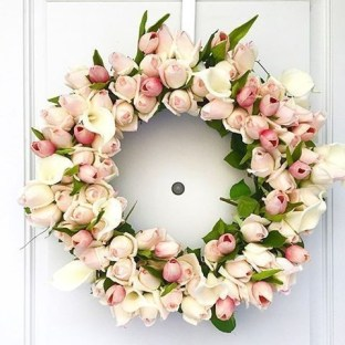 DIY Simple Spring Wreath For Your Door 26