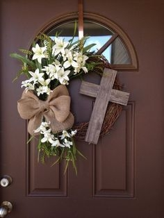 DIY Simple Spring Wreath For Your Door 30