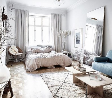 Lovely Modern Apartment Decoration For Couple 01