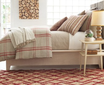 Stylish Bedroom Design Ideas For American Style Houses 24