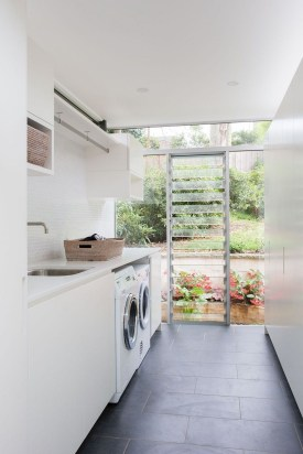 Ways To Make Small Laundry Room To Look Big Space 15