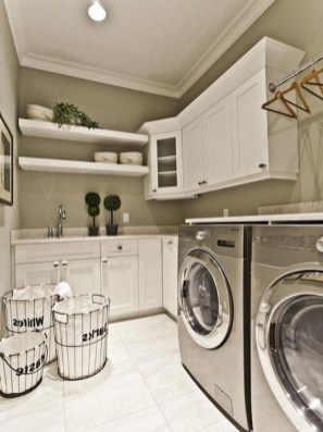 Ways To Make Small Laundry Room To Look Big Space 27