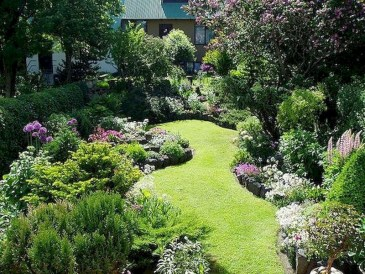 Fabulous Small Area You Can Build In Your Garden 11