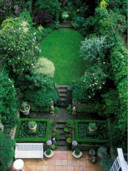 Fabulous Small Area You Can Build In Your Garden 34