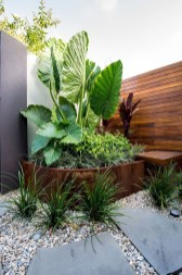 Garden Decor Modern And Glamorous For A Big House 18