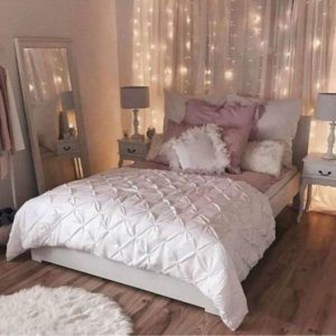 41 Romantic Master Bedroom Décor Ideas On A Budget