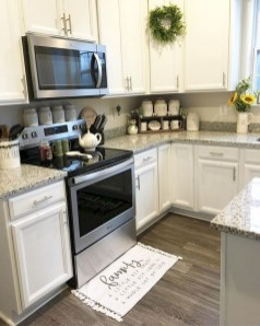 Best DIY Farmhouse Kitchen Decorating Ideasl 37