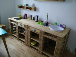 Cheap Wood Pallet Ideas That You Should Try At Home 38