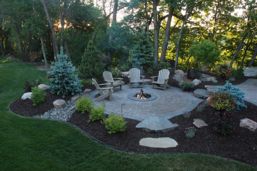 Perfect Landscaping Ideas For Your Summer 10