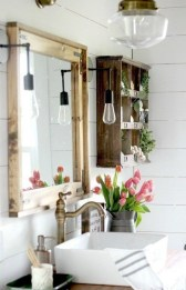 Amazing Farmhouse Bathroom Decor For Small Space 01