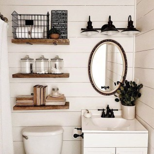 Amazing Farmhouse Bathroom Decor For Small Space 18