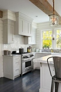 Amazing Modern Farmhouse Kitchen Decoration For Small Space 13